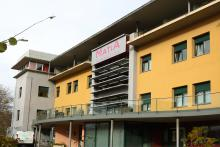 Centro Julián Rezola, fachada