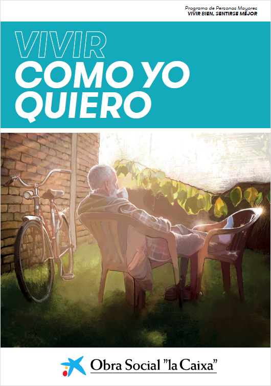 Un hombre mayor sentado en una silla se toma una taza de café en el jardín de su casa